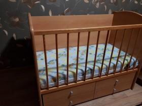 Срочно продается кроватка+матрас