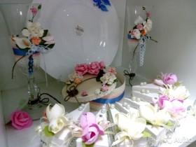 Свадебные аксессуары в голубых и розовых оттенках