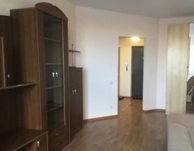 1-к квартира, 42 м², 1/10 эт.