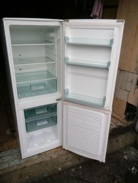 Холодильник с морозилкой Exquisit из Германии