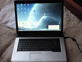 Ноутбук Toshiba Satellite L300