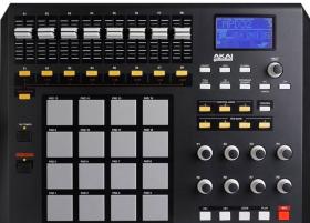 Akai MPD32 midi-контроллер