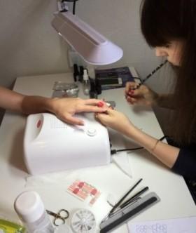 Обучение маникюру, педикюру, наращивание ногтей