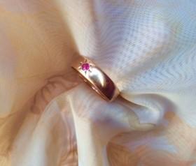 Золотое кольцо с рубином СССР