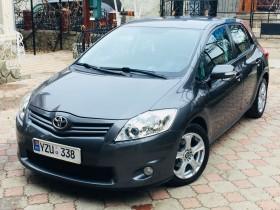 Продаю Toyota Auris