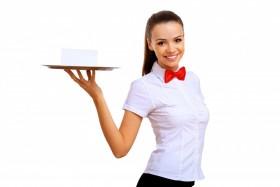 Официантка в кафе